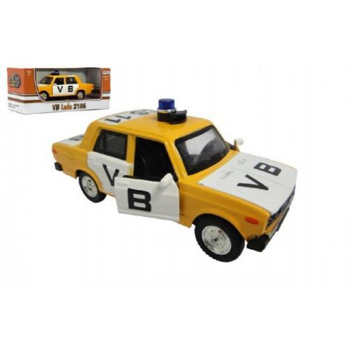 Auto veterán policie VB Lada 1600 VAZ 2106 1:32 kov 12cm na baterie se světlem se zvukem v krabičce